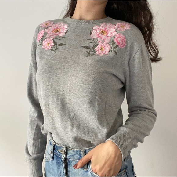 Floral Embroidered Crewneck Sweater